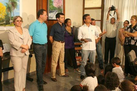 Você está navegando a partir de imagens do artigo: Exposição Arte e Cores no Paço Municipal de Campo Grande-MS