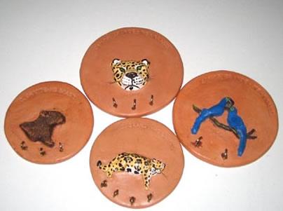 Você está navegando a partir de imagens do artigo: Ceramica Pantanal
